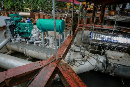 Máy bơm chống ngập ở đường Nguyễn Hữu Cảnh có công suất 27-90.000 m3/giờ. Ảnh: Thành Nguyễn