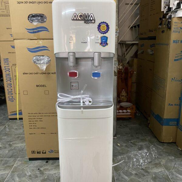 máy nước uống nóng lạnh RO